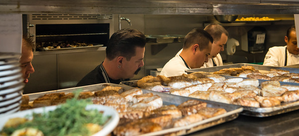 Chef Mike Minor in action during Trash Fish Las Vegas. Photo: Big Tom Photography